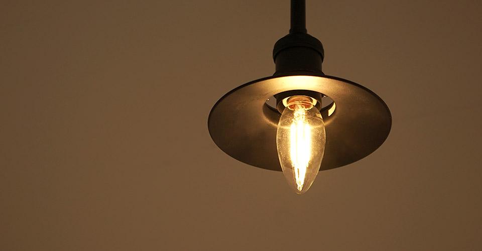 シャンデリア型電球