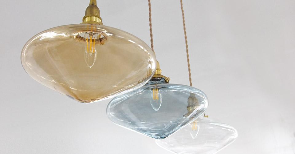 カラーガラスのペンダントライト